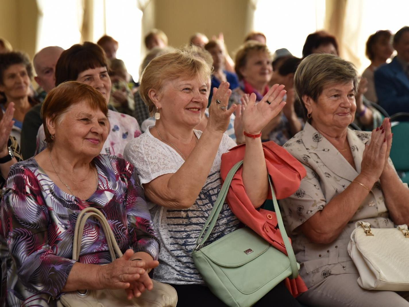 Детские коллективы Вологды поздравят активистов «Заботы» с Днем мудрости